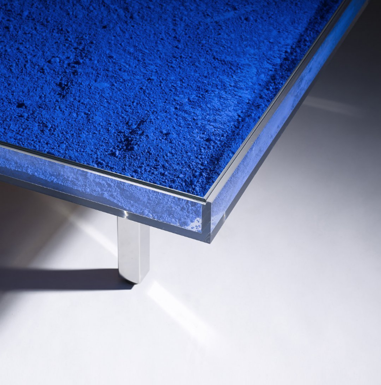 mesa diseño madrid azul